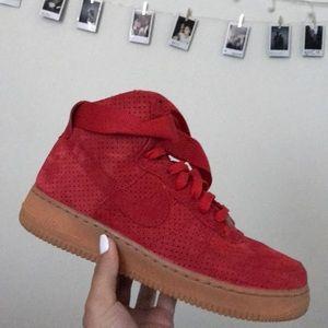 Nike Air Force 1 Tall Velvet Red